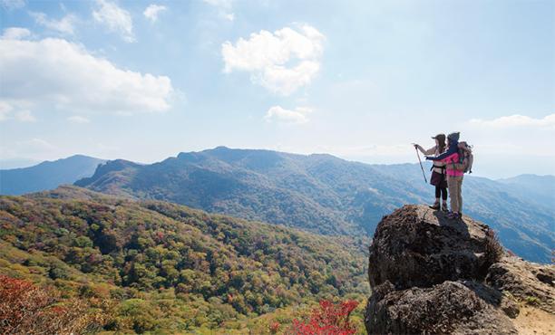 宮崎の最高点を目指す絶景山歩き